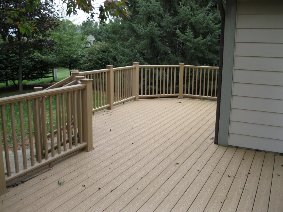 Wesson Builders Project Image - Composite Deck