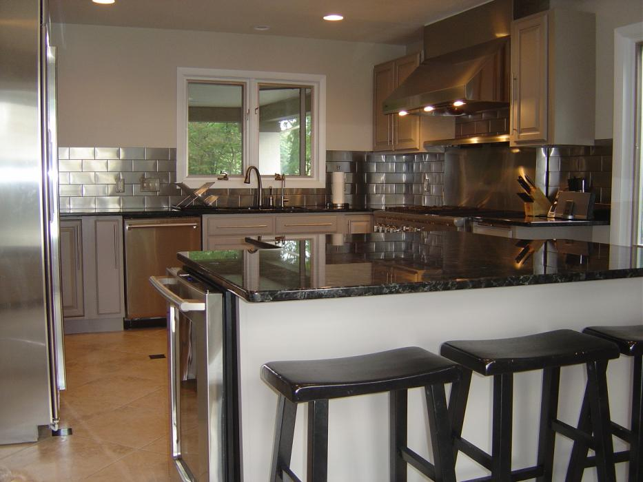 Wesson Builders Project Image - Modern Inspired Kitchen